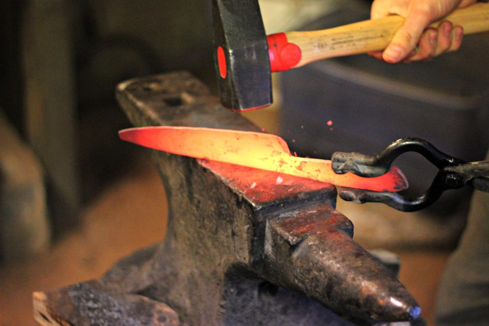 Hand-Forged-Knives-from-Heartwood-Forge-Oysters-Pearls.jpg